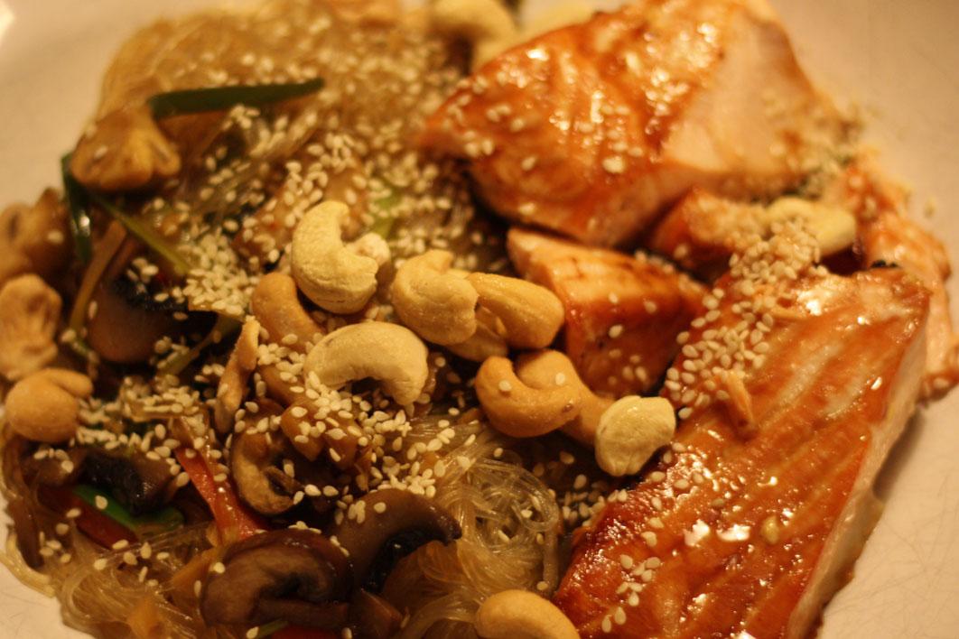 teriyaki-salmon-noodle